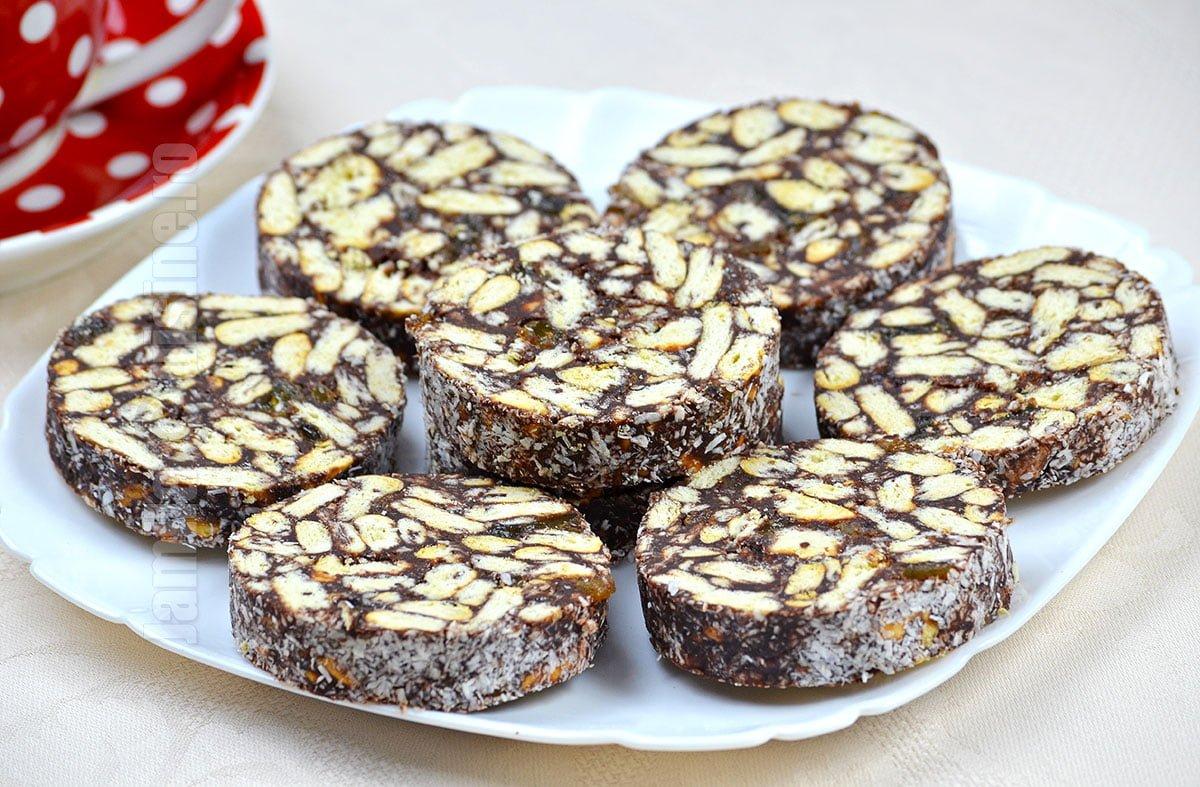 Salam de biscuiti facut in casa