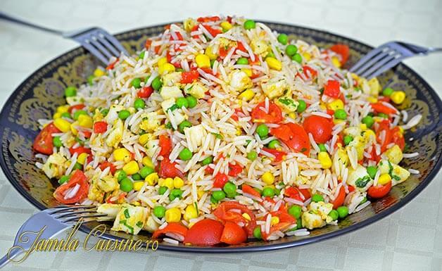 salata marocana cu orez