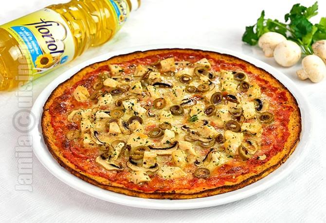 Pizza cu blat de conopida - reteta video
