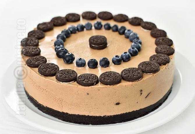 Cheesecake fara coacere cu Oreo si Nutella