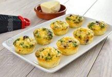 Mini omlete cu pui si legume