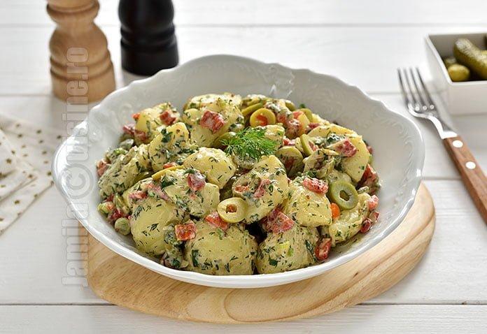 Salata de cartofi si iaurt
