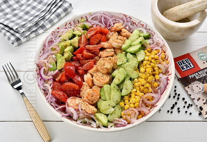 Salata cu creveti si avocado – reteta video