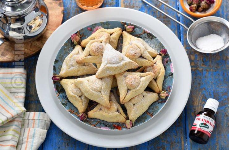 Triunghiuri marocane cu migdale