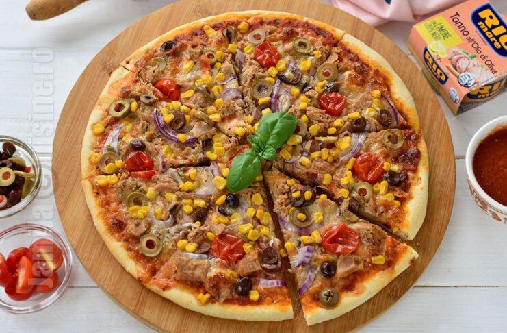 Pizza cu ton facuta in casa